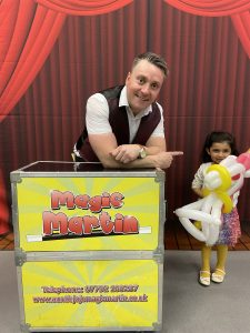 magic martin childrens party in bushey
