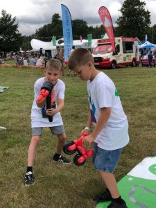balloon modelling at family fun day